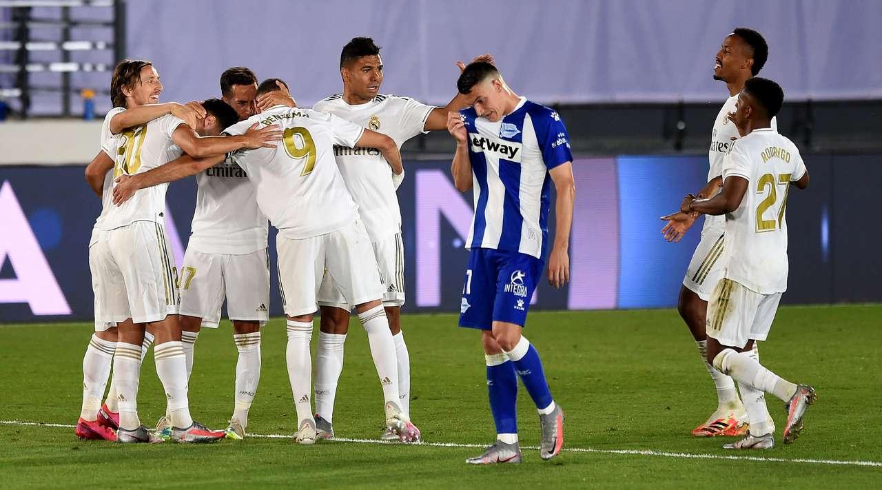 Real Madridi edhe një hap më afër titullit  mposht Alavesin dhe kthen diferencën katërpikëshe