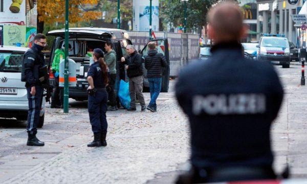 Austria mbyll turizmin dimëror dhe vendos karantinë për ata që kthehen nga jashtë